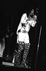 Alice Cooper/Billion Dollar Babies Tour 1973 (Hunter-Desportes) Tags: 35mm concert babies tour alice live south band columbia cooper dollar carolina 1970s alicecooper billiondollarbabies billion carolinacoliseum
