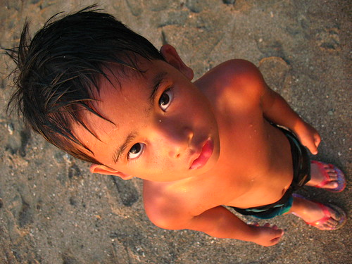 フリー画像| 人物写真| 子供ポートレイト| 外国の子供| 少年/男の子| 水着|      フリー素材|