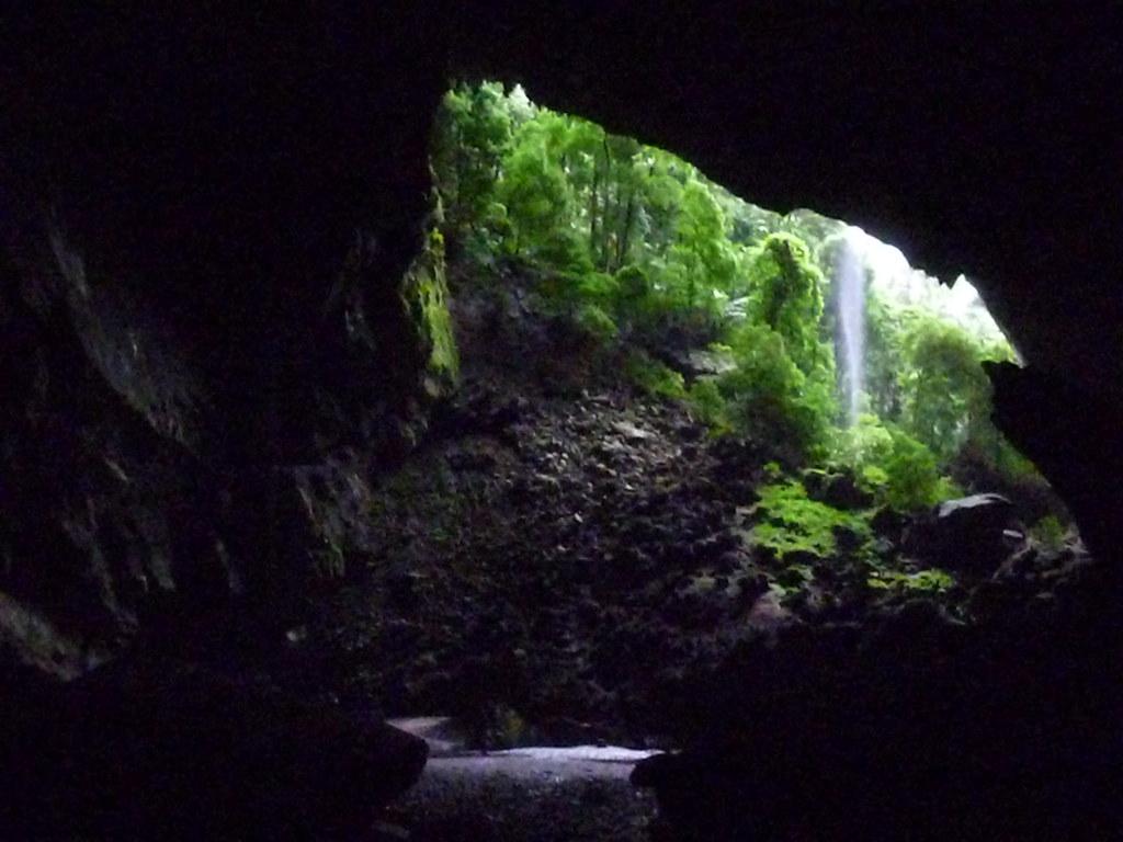 Mulu-Deer Cave (1)