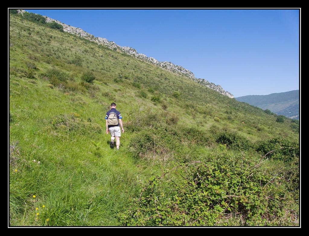 Hacia la cresta rocosa