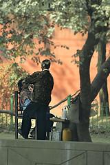 India New Delhi _D7C1957 (youngrobv) Tags: people india geotagged asian person nikon asia asians locals indian indians local gps fx notc n1 bharat newdelhi uttarpradesh 70200mmf28gvr  0812 robale hindustan d700   youngrobv solmeta  d7c1957