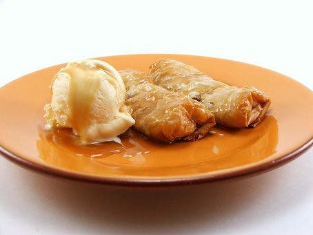 Apple Rolls with Butterscotch Whiskey Sauce
