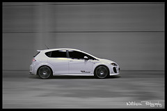 Tuning - Seat Leon by Cesam - Panning shot (WillVision Photography) Tags: vw canon tdi photography eos european seat stickers automotive voiture leon yokohama 105 gti tuning fr rolling remus vag cupra whitecar spax parotech panningshot superchips 2hot 400d cesam willvision foliatec oodx