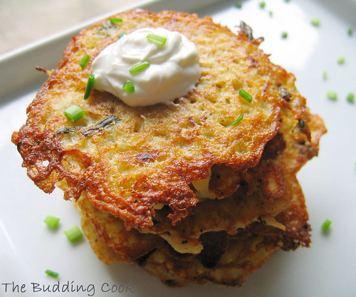 The Budding Cook: Latkes (Potato Pancakes)
