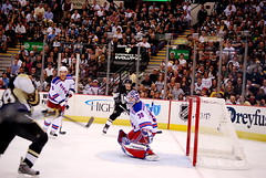 Hossa goal (Dave DiCello) Tags: new york city black game ice cup hockey yellow gold nhl penguin penguins goal team nikon pittsburgh zoom steel arena national stanley rink civic playoffs stick puck pens nikkor rangers league stanleycup mellon marian igloo 200mm mellonarena civicarena sidneycrosby pittsburghpenguins d40 stanleycupchamps marcandrefleury marianhossa hossa nationalhockeyleague stanleycupchampions evgenimalkin theigloo d40x maximetalbot pittsburghpens maxtalbot consolenergycenter henriklunquvist 2009stanleycupchampions pittsburghpenguinsstanleycupchampionspictures sidneycrosbystanleycup civicarenapittsburghpa sidandgeno penguinhockeyteam mellonarenapittsburgh evad310 davedicello pittsurghpenguins maxtalbotgame7