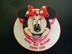 Red polkadot Minnie Mouse Cake (Crafty Confections) Tags: red cake mouse disney polkadots minnie crafty confections