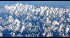 Mar de nubes (Canoso.) Tags: blue panorama azul clouds blu wolken panoramic bleu nubes blau nuages blume panoramique nwn panormica panormica  canoso  panoramisch   flickraward