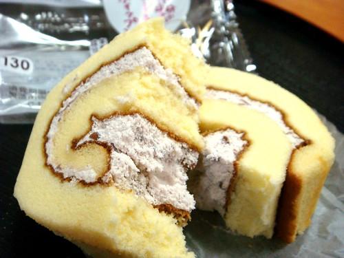 国産米粉のロールケーキ