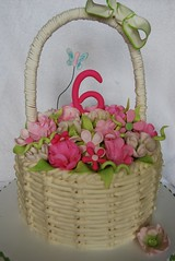 basket cake (cakebox Q) Tags: pinkandgreen basketcake fondantflowers