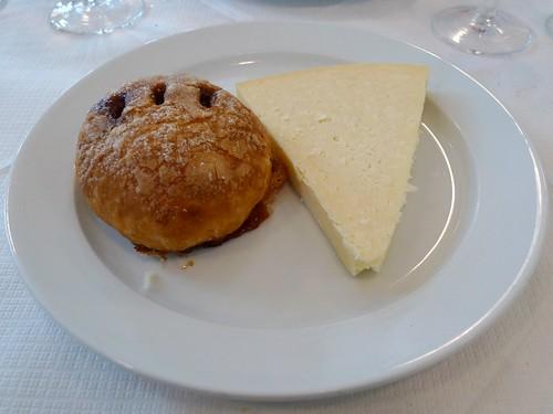 St John Restaurant, Smithfield, London - flckr - Ewan-M