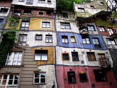 Vienna - Hundertwasser House (RosLol) Tags: vienna wien building architecture grandmother architettura hundertwasser bigmomma cy2 challengeyouwinner superaplus aplusphoto thechallengefactory roslol thepinnaclehof tphofweek17 sweepgame