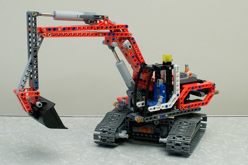 Lego Excavator (8294) with Power Functions (8293)