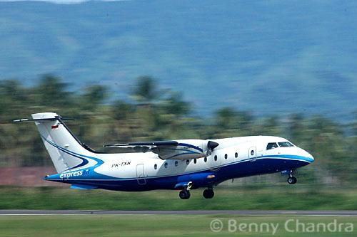 Panning Aircraft 01