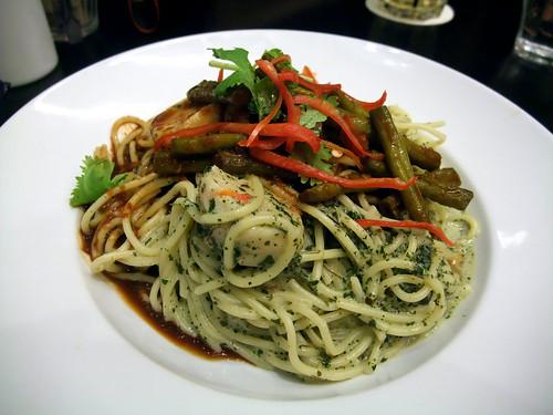 laksa pasta. Laksa Pesto Pasta – quite rich