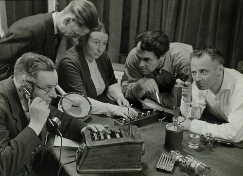 Radio Play (by Thomas Roche)