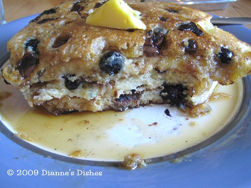 Blueberry Milk Chocolate Chunk Pancakes: Dig In!