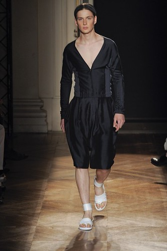 Lucas Mascarini358_SS10_Paris_Songzio