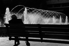 The fountain of youth / La fuente de la juventud (Manuel Atienzar) Tags: fountain bench spain flickr fuente streetphotography banco estrellas oldpeople anciano viejo albacete fountainofyouth aplusphoto manuelatienzar fuentedelajuventud
