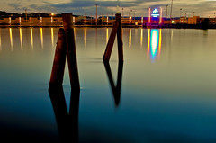 reflections in the night (Sina Farhat) Tags: camera photoshop canon göteborg raw tripod sigma sverige 28 juli 2009 natt promenad 30d cs4 ljus 2470 mörker colorsofthenight långaexponeringar