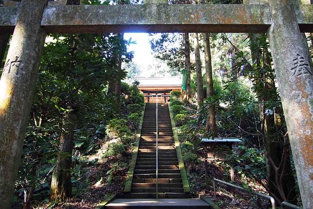 101128_102329_鎌倉_朝比奈切通_熊野神社