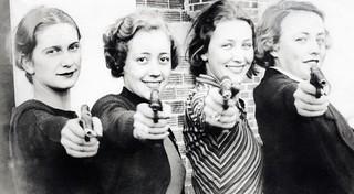 Schietsport, vrouwen met pistool / Sports, sho...