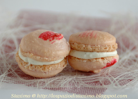 Macarons alla Vaniglia imperfetti