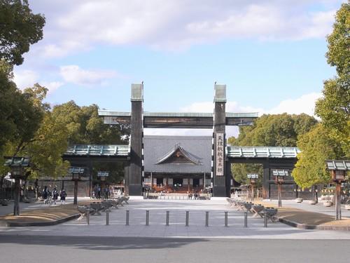 「天理駅周辺」散歩-『天理教教会本部』-02