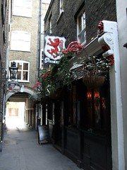 Picture of Red Lion, SW1Y 6PP