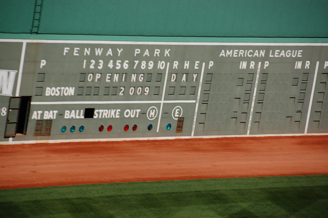 "Fenway Park Tour, Opening Day (-Eve) 2009: Scoreboard, current score: ""OPENING DAY 2009"""