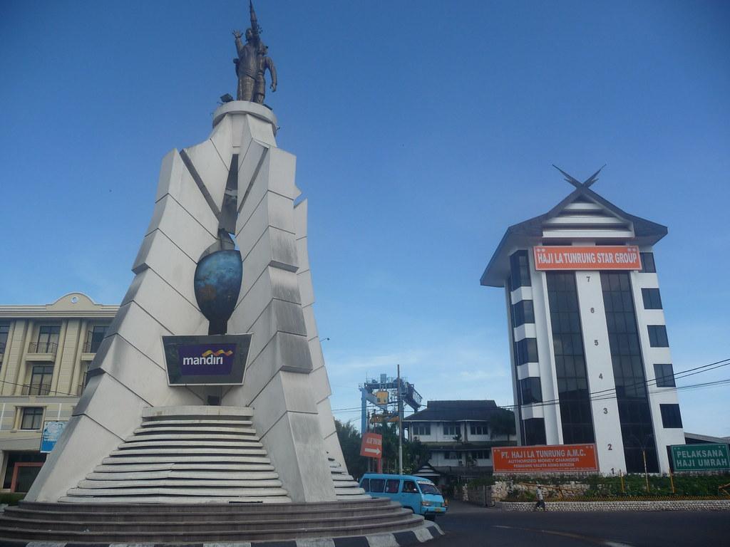 Makassar (352)