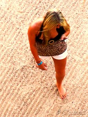 IMG_2587 Texting (Cyberlens 40D) Tags: girls vacation beach walking mexico cabo women cellular barefoot messages suntanned texting messaging strolling platinumheartaward sexting travelsofhomerodyssey