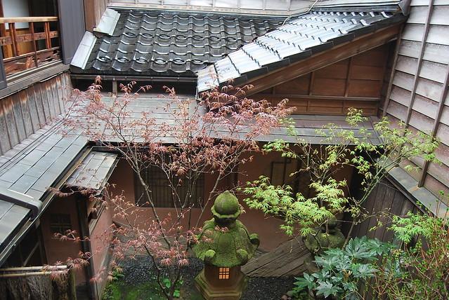 Patio interior de la Casa de geishas Shima de Kanazawa