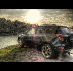 Toyota Under bridge! (Johan Runegrund) Tags: bridge cars dusty water car sport nikon offroad 4 toyota rav4 hdr tiers crome stenungsund rav mjörn blackcar tjörn weels kungälv orust d40 plfilter ventus r104 offroadcar skåpesund johanrunegrund