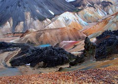 Landmannalaugar, Iceland (ystenes) Tags: blue red orange lake mountains colors river volcano lava iceland path erosion trail valley rhyolite 1001nights sland landmannalaugar brennisteinsalda blacklava icebluewater lavapillar flickrestrellas visipix