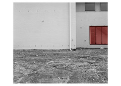 redroom (Obscure Crem Crem) Tags: white lines architecture lewis balck homeworld redroom redrum baltz