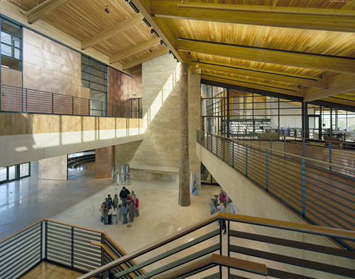 Camino Nuevo High School, Los Angeles, California by Daly Genik (Photo: Tim Griffith)