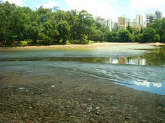 Lago depois do esvaziamento