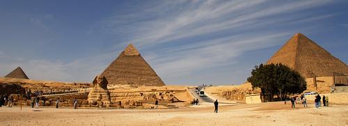 LND_2607 Giza Pyramids
