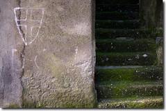 Graffiti nostalgici (allegorical street photography) (Qi Bo) Tags: street italy wall photography graffiti sicily bo sicilia qi politica allegorical paese qibo sonyalpha900