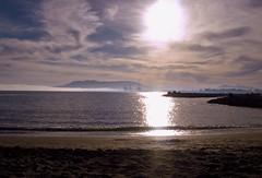 Malagardeciendo en mis sueos tambin (Susanastur) Tags: mar nubes marisol reflejos bruma malagardeciendo