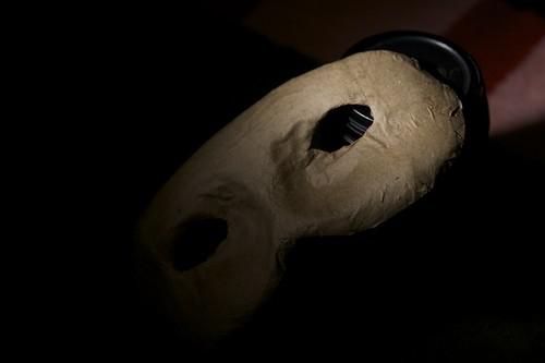 Mask with DIY Flash Grid