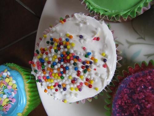 making cupcakes 7