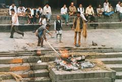 cremation rites - Kathmandu (1999)