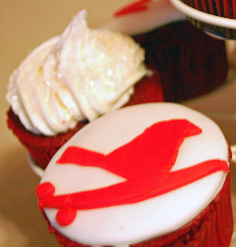 Beautiful Bird Cupcakes