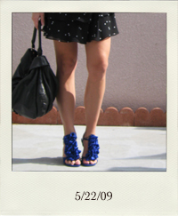 my-style-ruffle-polka-dots-skirt-blue-shoes_5-22