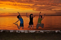 Not Another Jump Shot (by Janine) Tags: sunset usa me three friend sister explore puntagorda janine sooc saorsa randomstrangershot yetanotherjumpshot