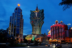 Grand Lisboa Casino, Macau (Neil Walker (PT)) Tags: twilight casino macau macao bankofchina grandlisboa mycameraneverlies