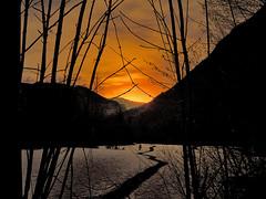 tornando a casa (perplesso42) Tags: sunset parco snow home casa tramonto slovenia neve triglav nazionale bovec tornandoacasa zabrajda plezzo citrit flickrestrellas landscapesdreams paisajesdepueblosycampos parconazionaledeltriglav