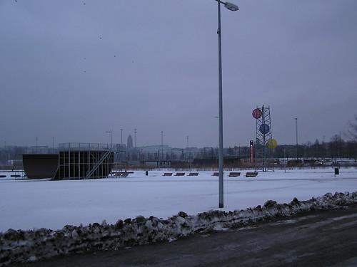Talvinen näkymä Finlandia-talon ja Rautatieaseman väliltä