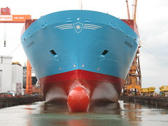 SKAGEN MAERSK (Rob-In-Transit) Tags: industrial ship floating vessel cranes maritime containership shipyard jurong drydock repairs newpaint gravingdock bulbousbow skagenmaersk